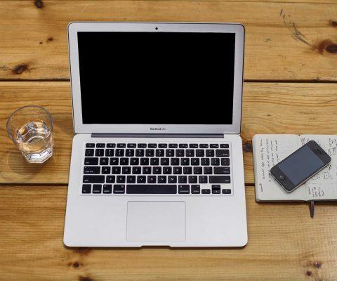 Macbook air iphone moleskin